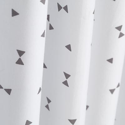Curtain_Go_Lightly_GY_Triangle_Detail_2