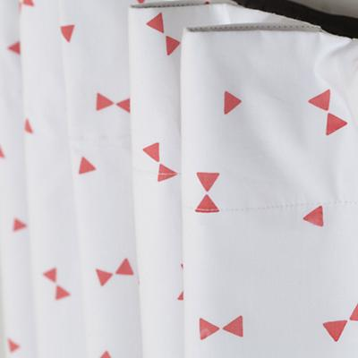 Curtain_Go_Lightly_PI_Triangle_Detail_5