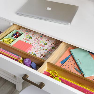 Desk_Hutch_Cargo_WH_461665_461901_Alt