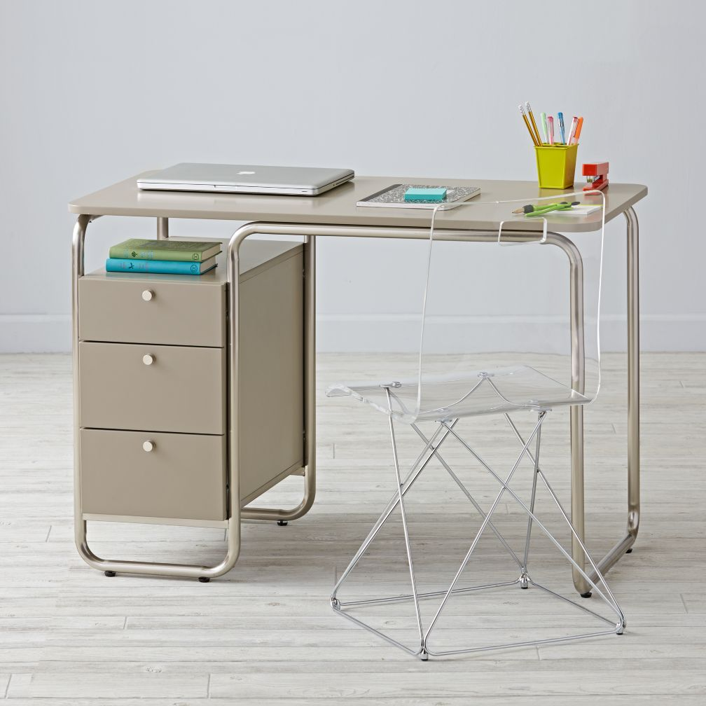 Outline Desk