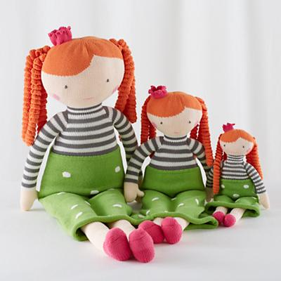 Doll_Knit_Crowd_Neve_Group