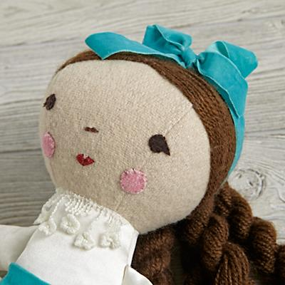 Doll_Wee_Wonderful_Clara_Detail_V 6
