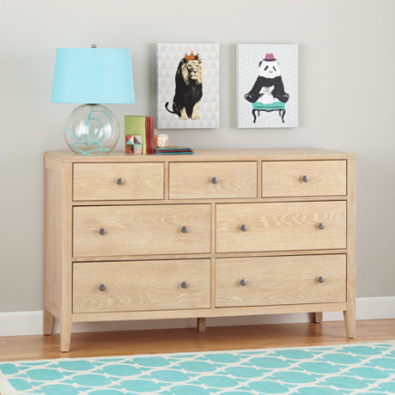 Bayside 7-Drawer Dresser (Whitewash) - Terrace Whitewash 7-Drawer Dresser