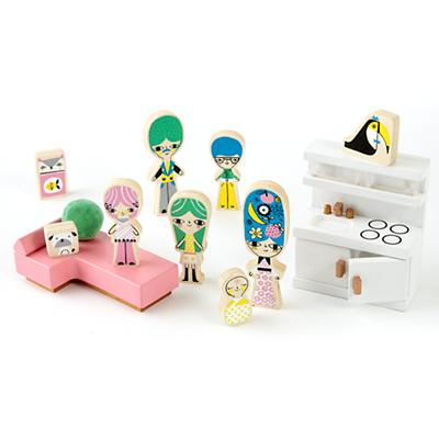F9928_SP18_Dollhouse_Characters_Accessories
