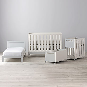 Flex 4-in-1 Convertible Crib Collection