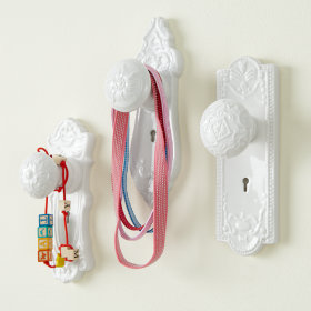 Kids' Room Décor: Moroccan Teapot Wall Hooks in Shelves & Wall ...