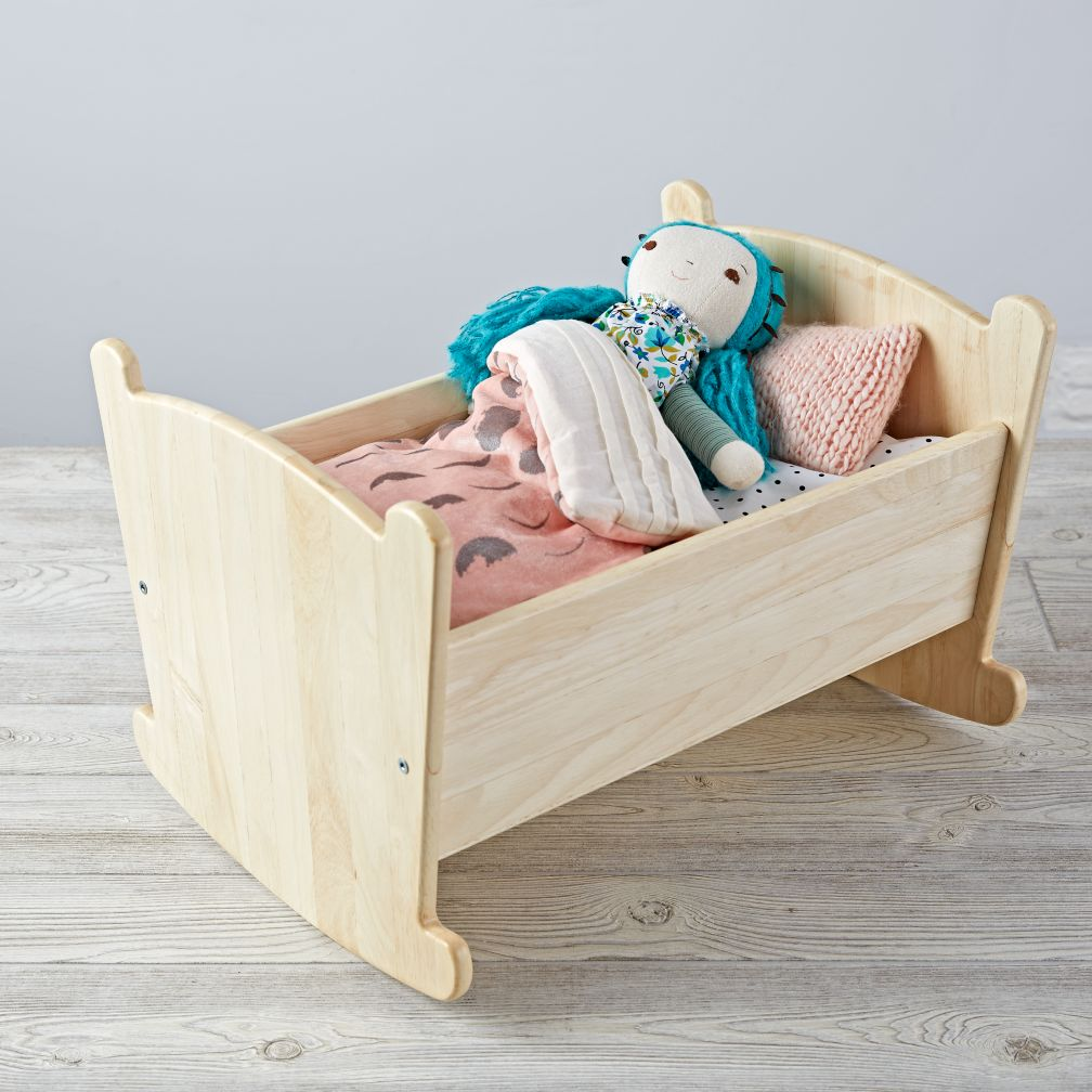Nod Doll Cradle w/ Glam Noel Bedding