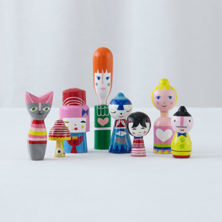 - Set of 8 Happy Together Wooden Doll Family