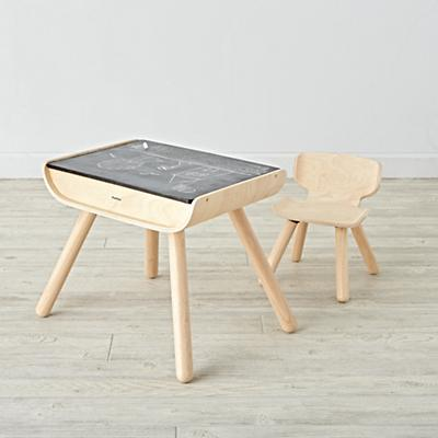 Imaginary_Toddler_Desk_Chair_v1