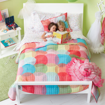 Kids' Bedding: Kids Colorful Circles Quilt Bedding - Twin Multi Circles Quilt<br />