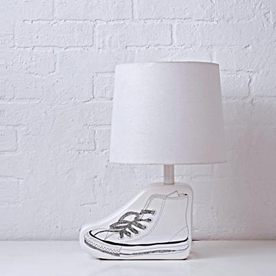 Lighting_Table_Sketchbook_Shoe_OFF-r