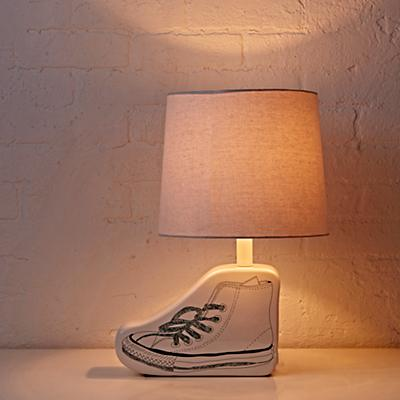 Lighting_Table_Sketchbook_Shoe_ON-r