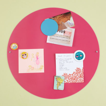 Kids Bulletin Boards: Kids White Metal Circle Magnet Board - 16 Pink Circle Magnet Board