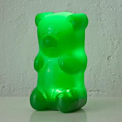 Nightlight_Gummy_Bear_GR_ON_r