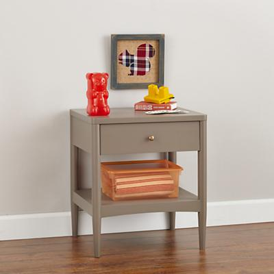 Hampshire Nightstand (Clay)