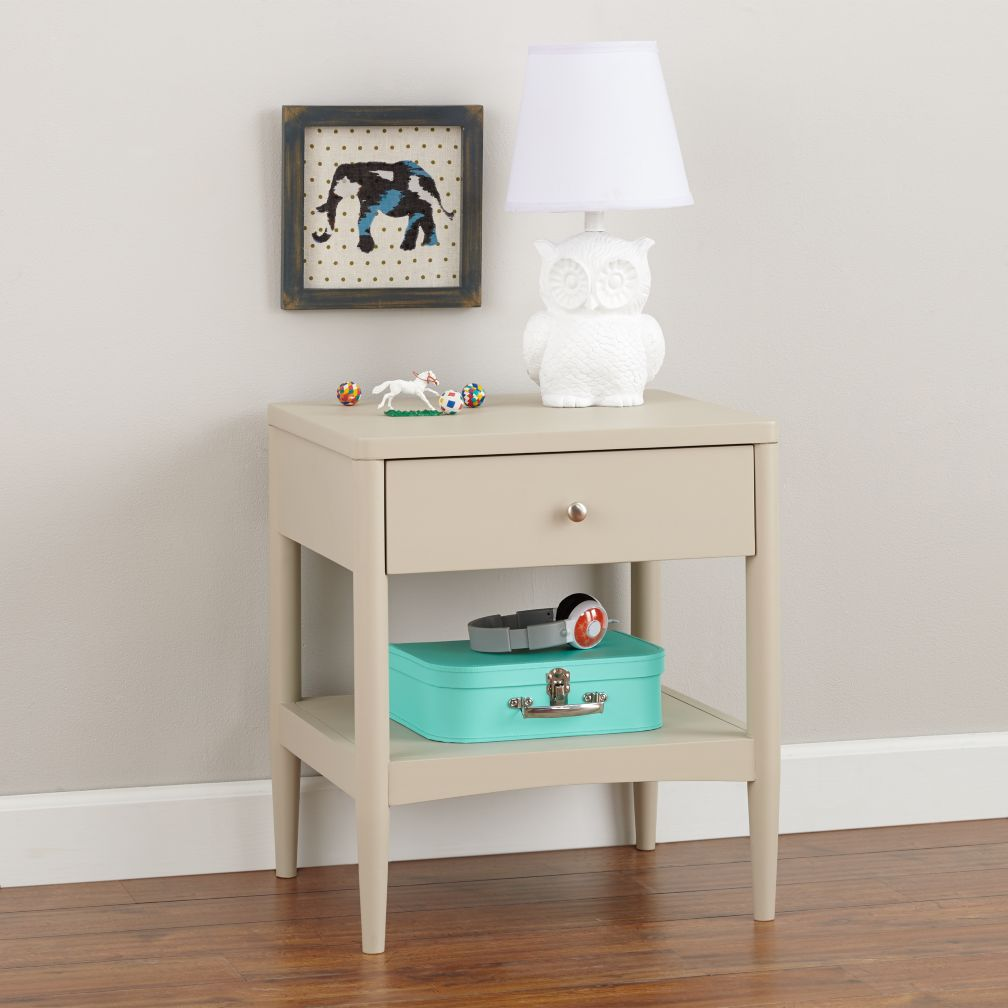 Hampshire Nightstand (Stone)