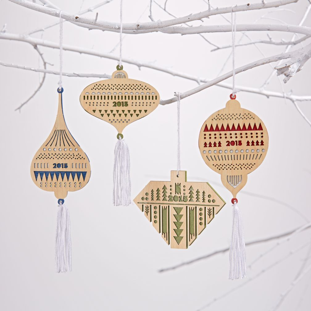 Holiday Fete Folk Ornament 2015