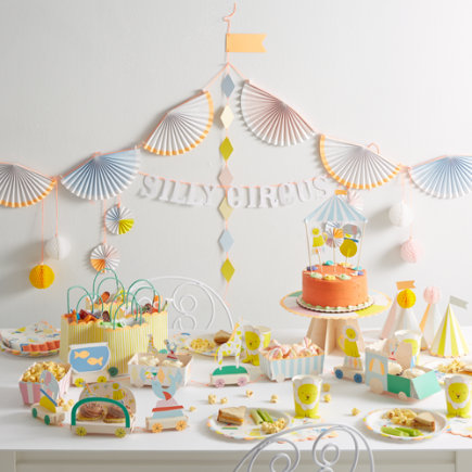 Silly Circus Party Collection - Set of 12 Silly Circus Party Plates