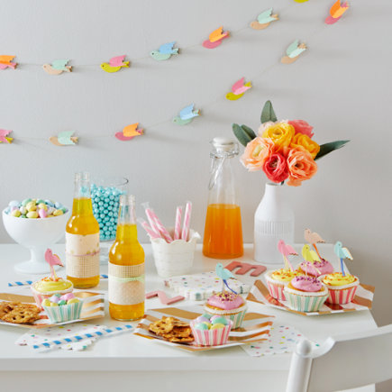 Pretty Birdies Party Garland