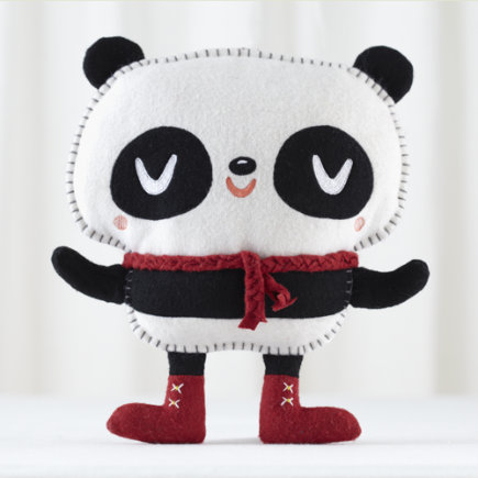 Kids Stuffed Animals: Crowded Teeth Hug the Panda Doll - Hug the Panda