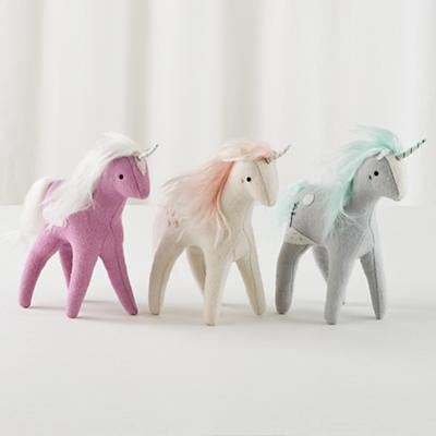 Plush_Unicorn_Group_S3_290876