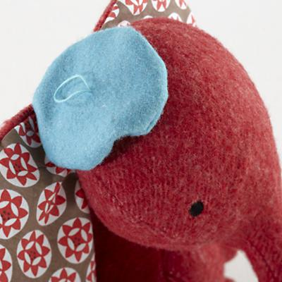 Plush_Wee_Wonder_Elephant_Detail_05