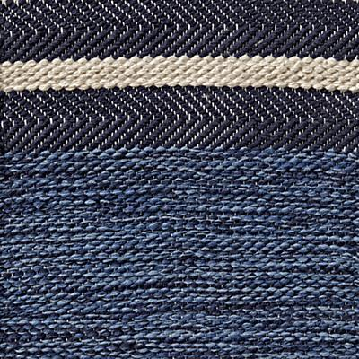 Rug_Swatch_Defined_Line_BL
