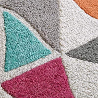 Rug_Totally_Triangular_Details_V2
