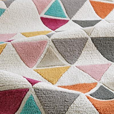 Rug_Totally_Triangular_Details_V4
