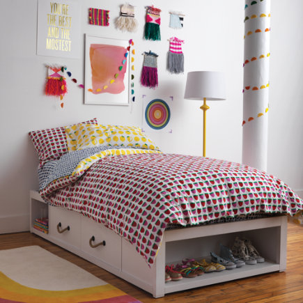 Topside Storage Kids Bed (White) - Twin Topside White Glaze Storage Bed