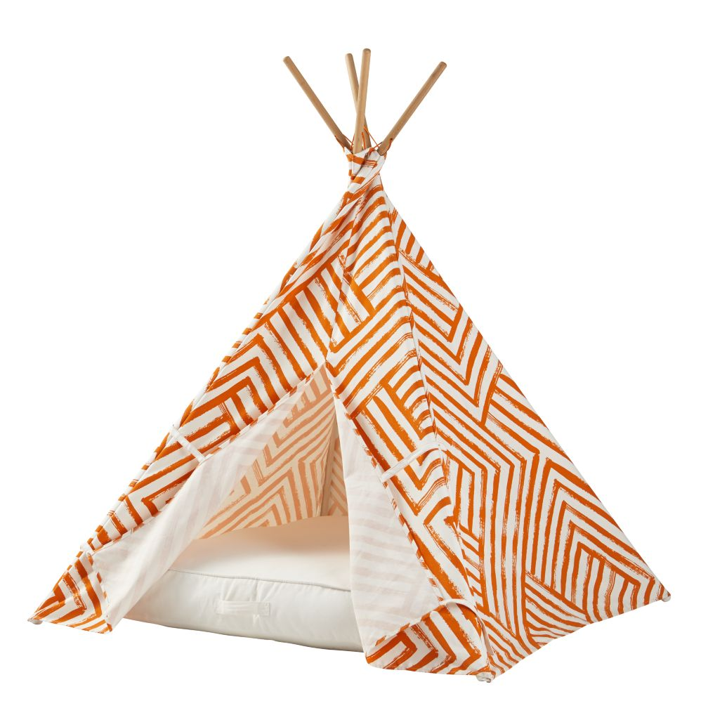 A Teepee & Cushion to Call Your Own Set (Orange Maze)