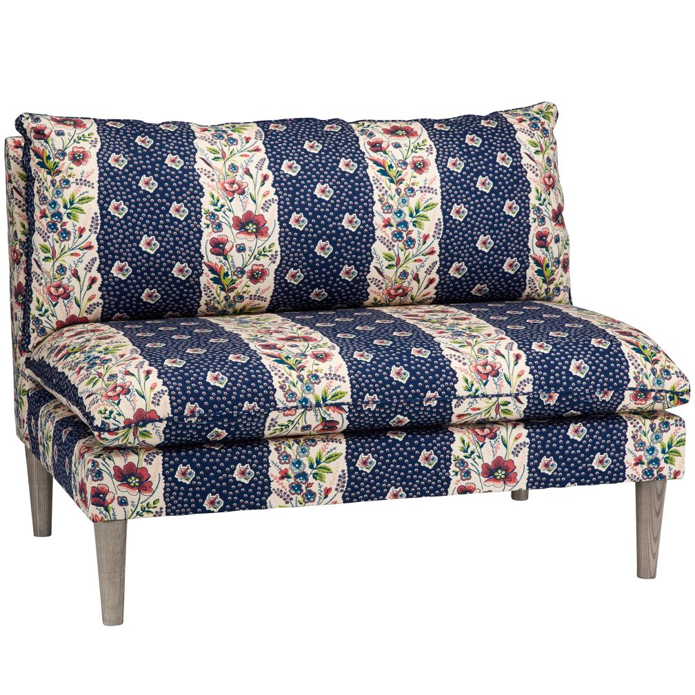 Upholstered Settee (Geniesse Sapphire)