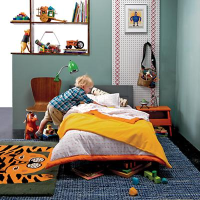 Uptown_toddler_bed_Iconic_bedding