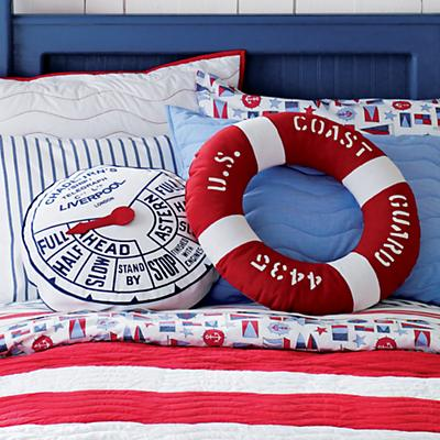 300605_NauticalThrowPillows_07S1