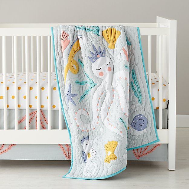 Marine Queen Crib Bedding