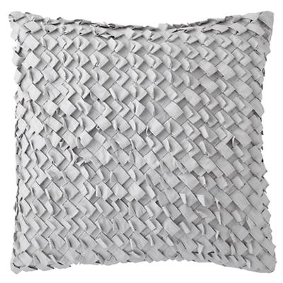 524298_Kid_Antique_Chic_Pillow_GY_Basket