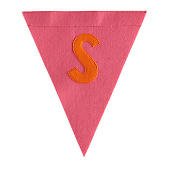 S Print Neatly Pennant Flag (Girl)