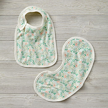 Organic Garden Patch Green Bib and Burp Cloth Set