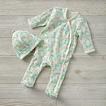 0-3 Months Organic Garden Patch Green Hat & Footie Set