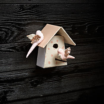 Medium Bird House 4 by Tamar Mogendorff