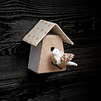 Small Bird House 6 by Tamar Mogendorff