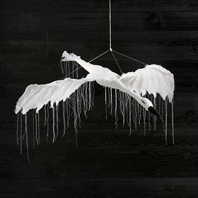 Art_Studio_Nod_Tamar_Swan_WH_Flying