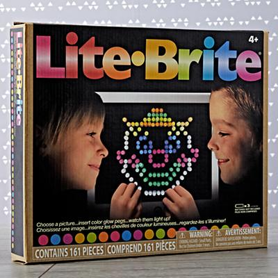 Arts_and_Crafts_Lite_Brite_Box_for_Silo