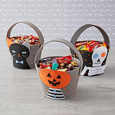 Baskets_Not_Too_Scary_Group