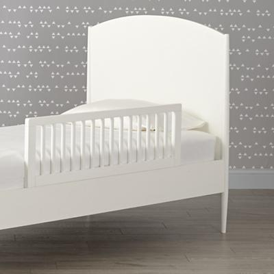 Bed_Hampshire_Arched_Twin_White_Guardrail_SQ