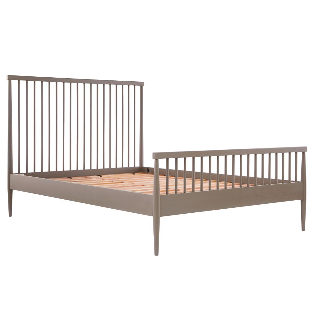 full hampshire spindle bed (clay) | the land of nod