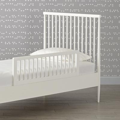 Bed_Hampshire_Spindle_Twin_White_Guardrail_SP