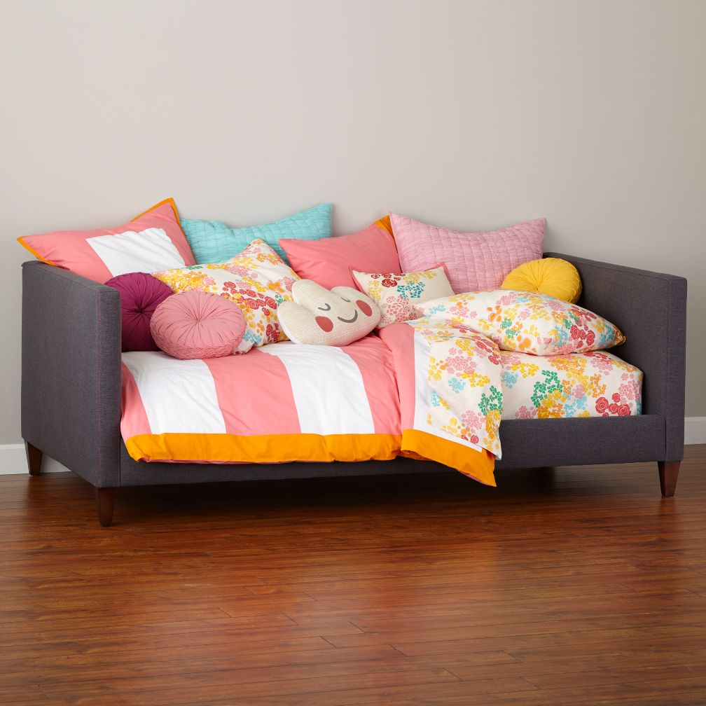 Silhouette Upholstered Daybed (Grey w/Hot Pink)