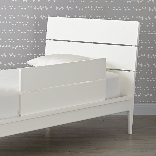 Wrightwood White Bed Guardrail