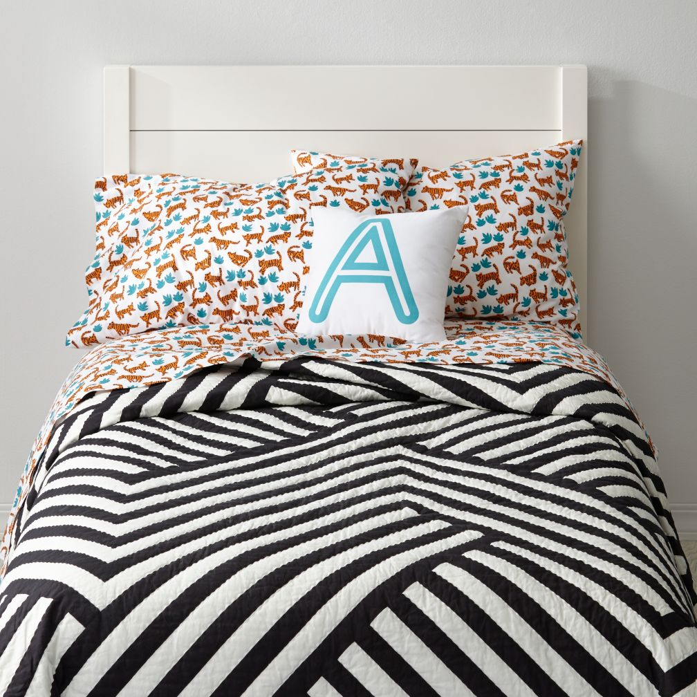 Black & White Geometric Quilt | The Land of Nod